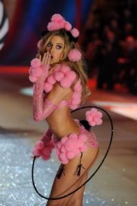 Victoria Secret's Fashion Show Photos!
