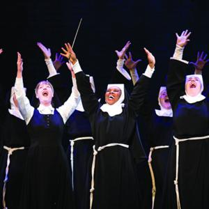 BWW Reviews: SISTER ACT Dazzles at The Kennedy Center