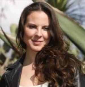 Telemundo Announces Return of Kate Del Catillo in DUENOS DEL PARAISO