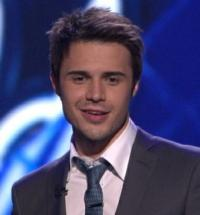 AMERICAN IDOL Winner Kris Allen Suffers Injuries in Head-On Car Crash