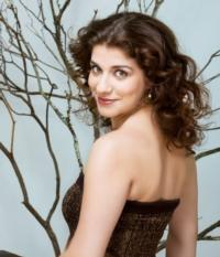 Pianist Inna Faliks Performs at Brooklyn Library's Classical Interlude Series, 12/2