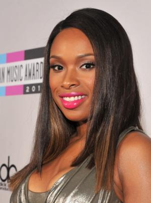 Jennifer Hudson, Taylor Swift Among Presenters for 2013 AMERICAN MUSIC AWARDS on ABC