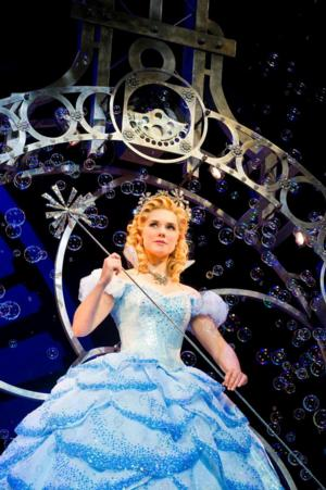 Gina Beck & Alison Fraser to Join Cast of WICKED National Tour, 12/16