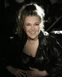 Baby-Jane-Dexter-AT-THE-WHEEL-in-Met-Room-Premiere-20010101
