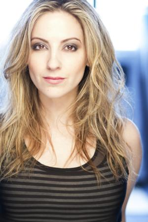 BWW Interview: Donna Vivino Talks New Album BEAUTIFUL DREAMER, Off-Broadway's STARS OF DAVID and More!