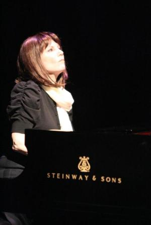 THE PIANIST OF WILLESDEN LANE with Mona Golabek to Return to Laguna Playhouse, 6/24-29