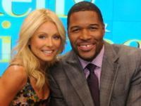 LIVE WITH KELLY AND MICHAEL's Month-Long Holiday Celebration Begins This Week