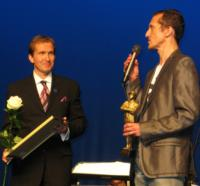 NYC Director-Choreographer Stas Kmiec Presents Jan Kiepura Musical Theater Award in Poland