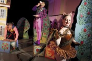 BWW Reviews: New York Theatre Ballet: Keith Michael's Alice-in-Wonderland Follies