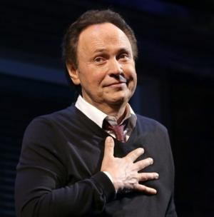 Billy Crystal, Garth Brooks to Be Leno's Final Guests on TONIGHT SHOW