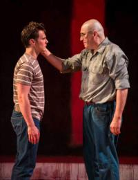 BWW Reviews: RED, Starring Jonathan Groff and Alfred Molina, Revels in Taper Premiere