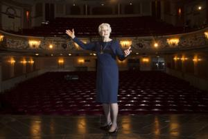 BEHIND THE SCENES: Angela Lansbury Returns To The West End