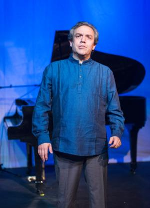 BWW REVIEWS: PIANO DIARIES in the Athenaeum Theatre's Studio One: Striving for Something Just Out of Reach