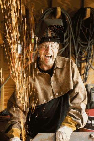 BWW Reviews: JUST A WELDER Offers Witty, Insightful Humor