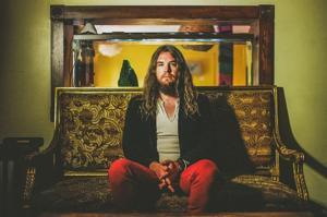 Israel Nash to Release New Album on 8/19