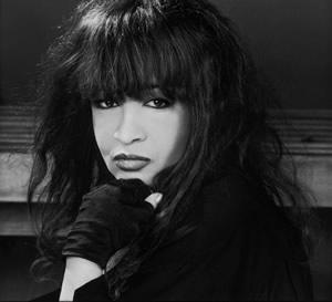 Ronnie Spector's BEYOND THE BEEHIVE Returns to Bridge Street Live, 5/31