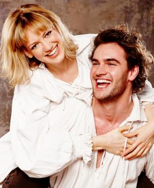 Tom Bateman, Lucy Briggs-Owen to Star in West End-Bound SHAKESPEARE IN LOVE