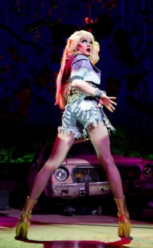 HEDWIG AND THE ANGRY INCH Wins 2014 Tony for Best Revival of a Musical