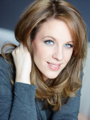 BEAUTIFUL's Jessie Mueller Wins Tony for Best Actress in a Musical