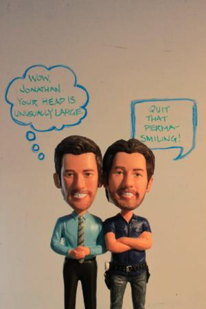 HGTV's PROPERTY BROTHERS to Offer Signed Bobbleheads!