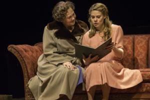Cast of THE GLASS MENAGERIE Set for Talkbacks Today & 2/6
