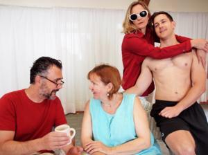 Weston Playhouse Theatre Company's 'VANYA AND SONIA' Begins 7/17