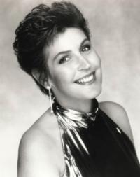 Helen-Reddy-20010101