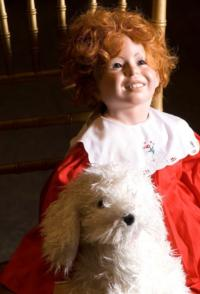 TheatreZone Fundraiser Auctions Theatre Keepsakes Including Signed Annie Doll