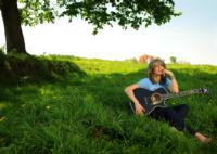 Grammy Winner Kathy Mattea Plays Landmark on Main Street Tonight
