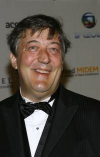 Stephen-Fry-20010101