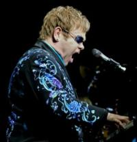 Elton John to Compose Music For GNOMEO & JULIET Sequel