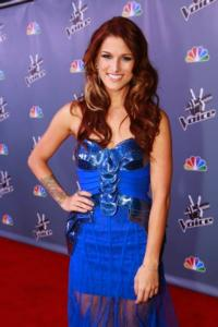VOICE-Winner-Cassadee-Pope-Signs-Deal-with-Republic-Nashville-20130117