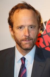 Tony-Winner-John-Benjamin-Hickey-Joins-THE-MOB-DOCTOR-in-Recurring-Role-20010101