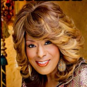 Jennifer Holliday Signs Copies of THE SONG IS YOU at Barnes & Noble Today