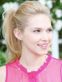 Hart of Dixie's Claudia Lee Joins the Cast of KICK-ASS 2
