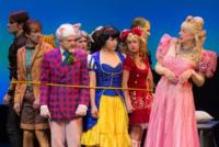 BWW-Reviews-Ross-Pettys-SNOW-WHITE-THE-DELICIOUSLY-DOPEY-FAMILY-MUSICAL-20010101