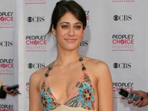 Watch: Lizzy Caplan Relives 'Masters Of Sex' Love Scene Plus More on Conan