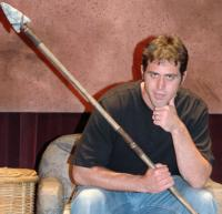 BWW-Reviews-DEFENDING-THE-CAVEMAN-takes-a-lighthearted-look-at-relationships-through-the-ages-20010101