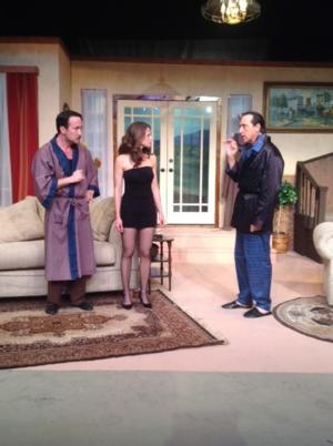 BWW Reviews: Anglo-Franco Fusion Farce DON'T DRESS FOR DINNER Sparks Frivolity and Laughter