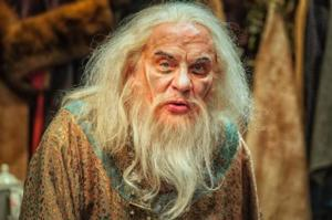 BWW Reviews: THE DRESSER at Everyman Theatre - Simply Spectacular