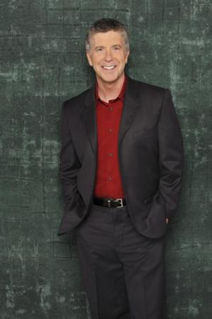 Tom Bergeron to Exit AMERICA'S FUNNIEST HOME VIDEOS After Next Season