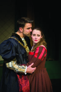 BWW Reviews: GAMM Hosts U.S. Premiere of Spirited ANNE BOLEYN