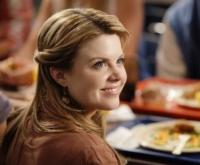 'Bunheads' Star Bailey Buntain to Guest on ABC's THE MIDDLE, 10/3