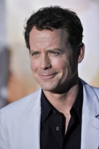 FOX Orders Pilot for New Drama RAKE, Starring Greg Kinnear