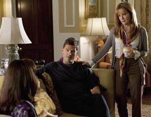SWITCHED AT BIRTH, FOSTERS Stars Set for Live Twitter Chat, 2/17