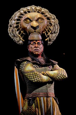 THE LION KING's Alton Fitzgerald White Will Give 4,000th Performance as 'Mufasa' Tomorrow