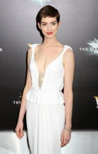 Anne Hathaway to Sing in New Film SONG ONE?