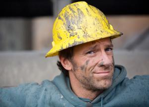 'Dirty Jobs' Mike Rowe & More Set for CNN's New Primetime Line-Up