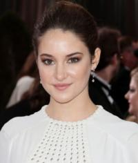 Shailene-Woodley-in-Talks-to-Play-Mary-Jane-Watson-in-Sequel-to-AMAZING-SPIDER-MAN-20121010