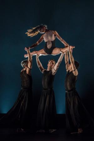 BWW Reviews: BALLET DU GRAND THEATRE DE GENEVE Returns to the Joyce With a New York Premiere